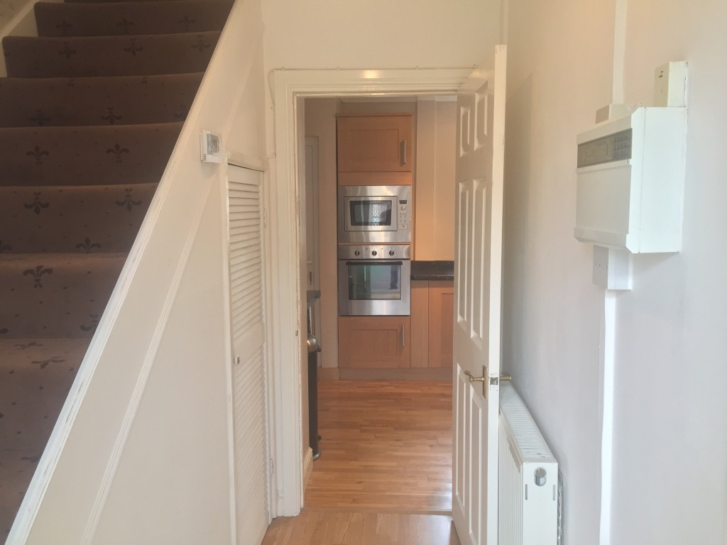 3 Bedroom Mid Terraced House For Sale - Image 13