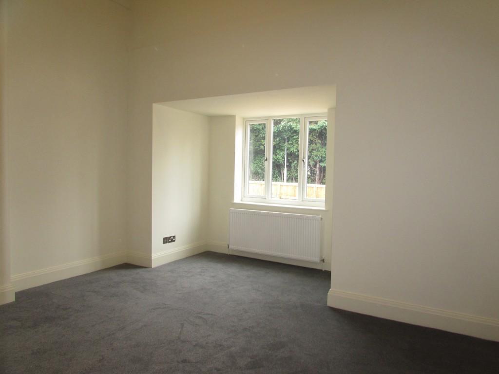 4 Bedroom Detached Bungalow Bungalow For Sale - Image 12