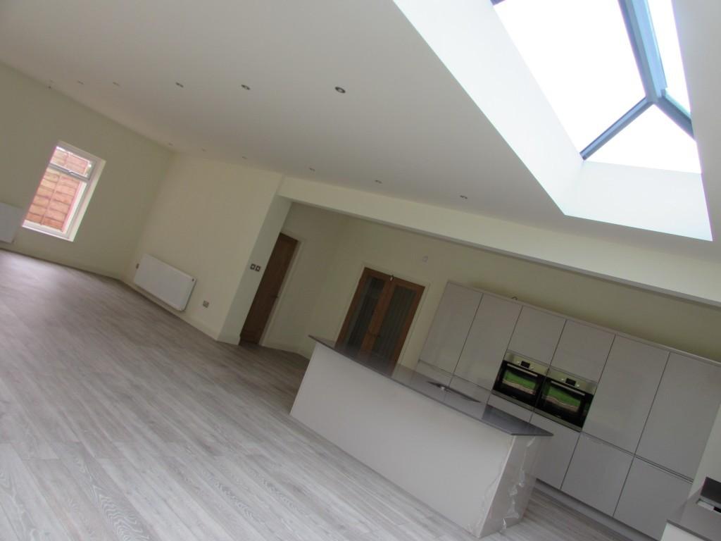 4 Bedroom Detached Bungalow Bungalow For Sale - Image 26