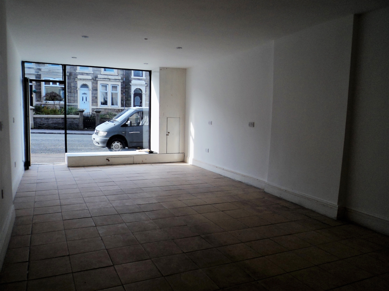 2 Bedroom Mid Terraced House For Sale - Image 4