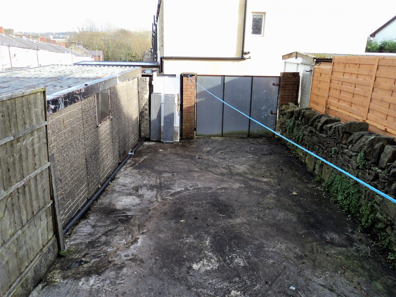 2 Bedroom Mid Terraced House For Sale - Image 10