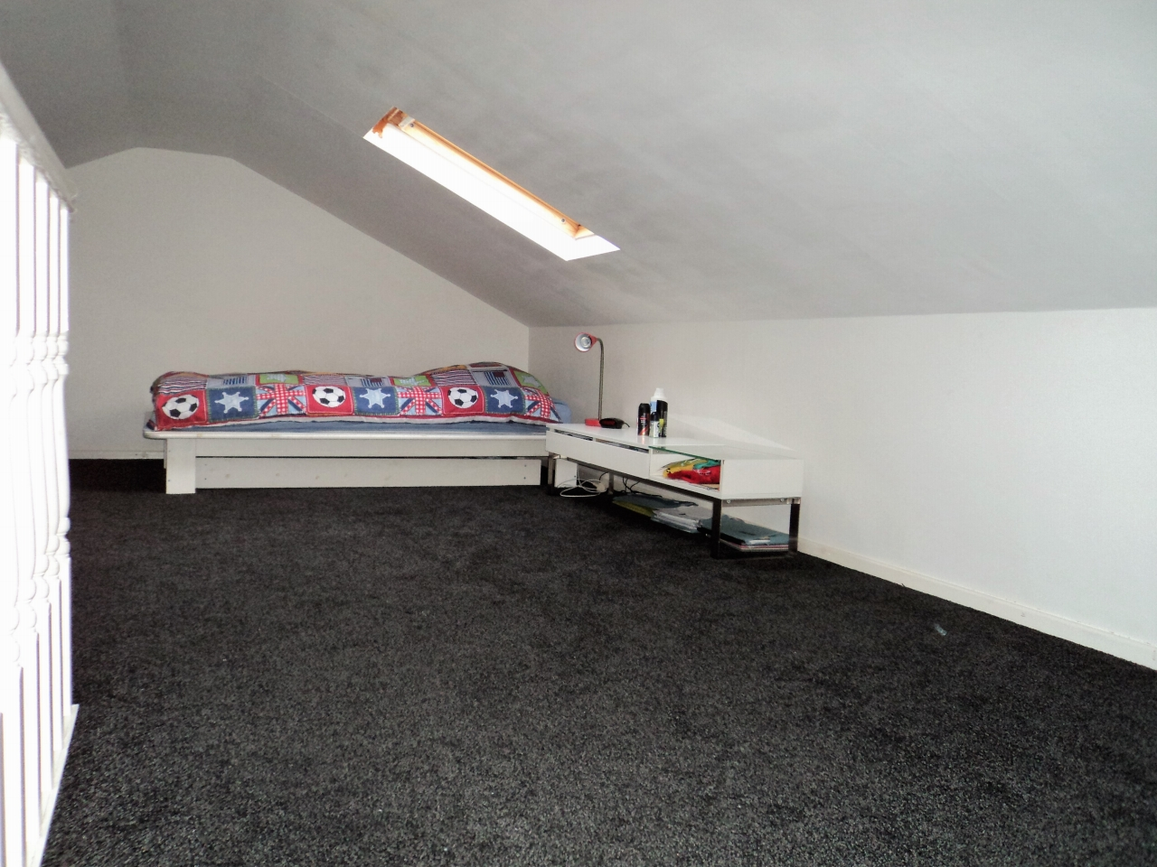 3 Bedroom Mid Terraced House For Sale - Image 19