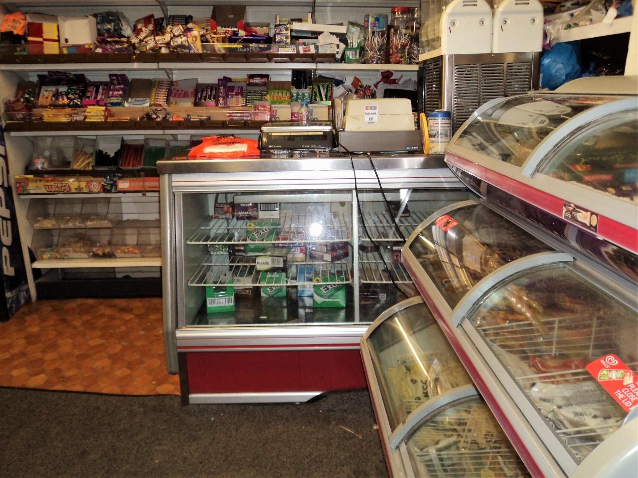 Shop For Sale - Photograph 5