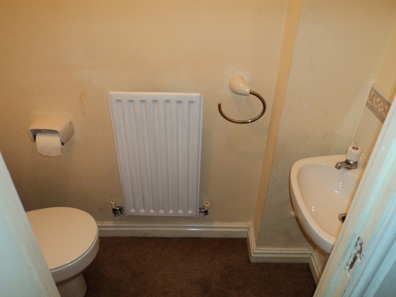 3 Bedroom House For Sale - Image 3