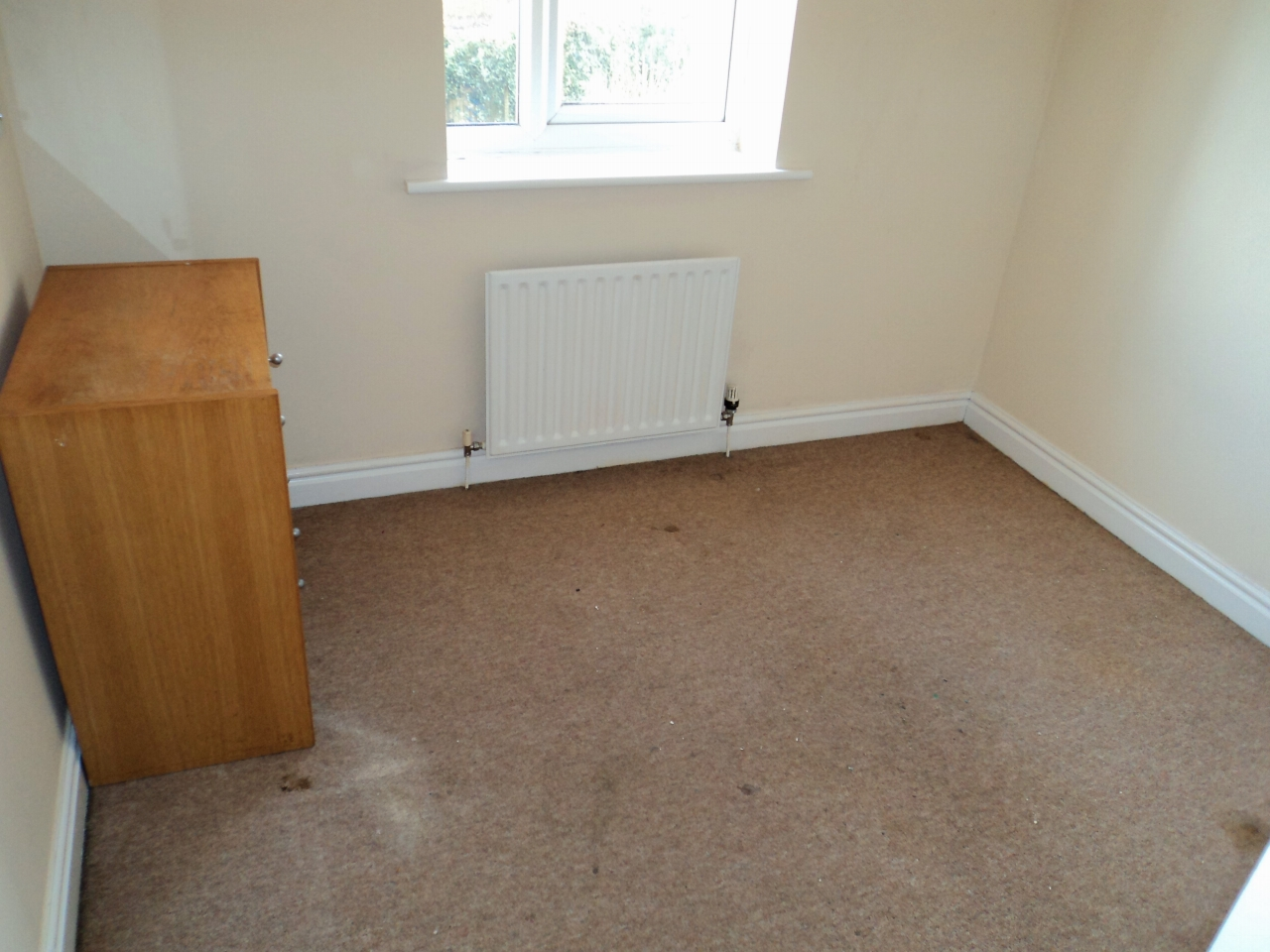 3 Bedroom House For Sale - Image 7