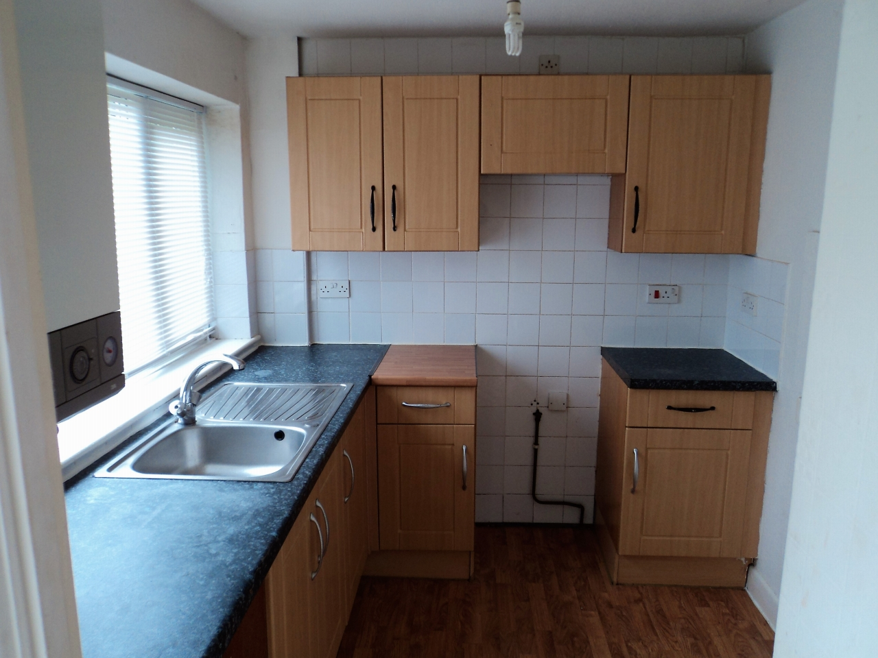 3 Bedroom End Terraced House For Sale - Image 3
