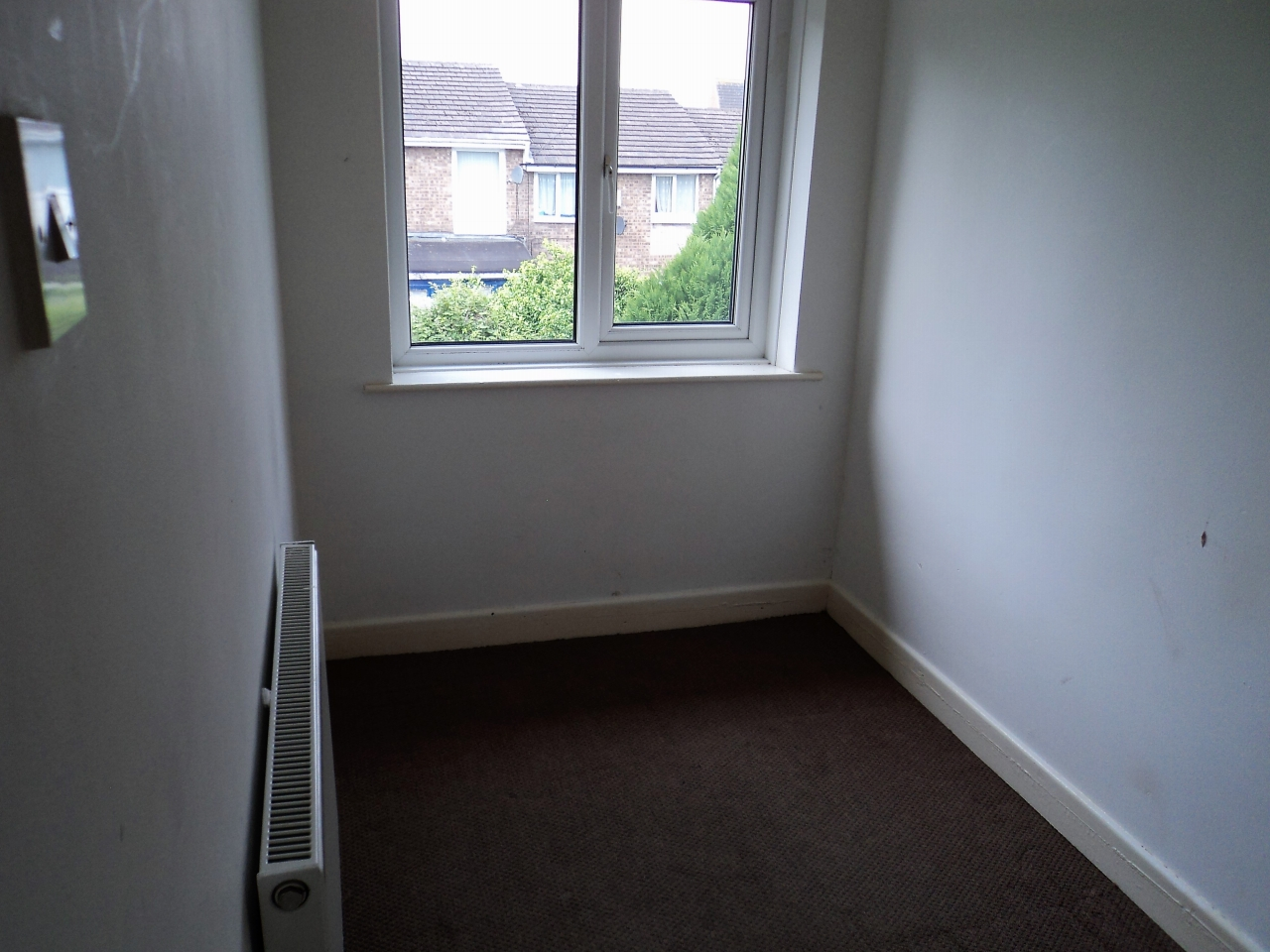 3 Bedroom End Terraced House For Sale - Image 9