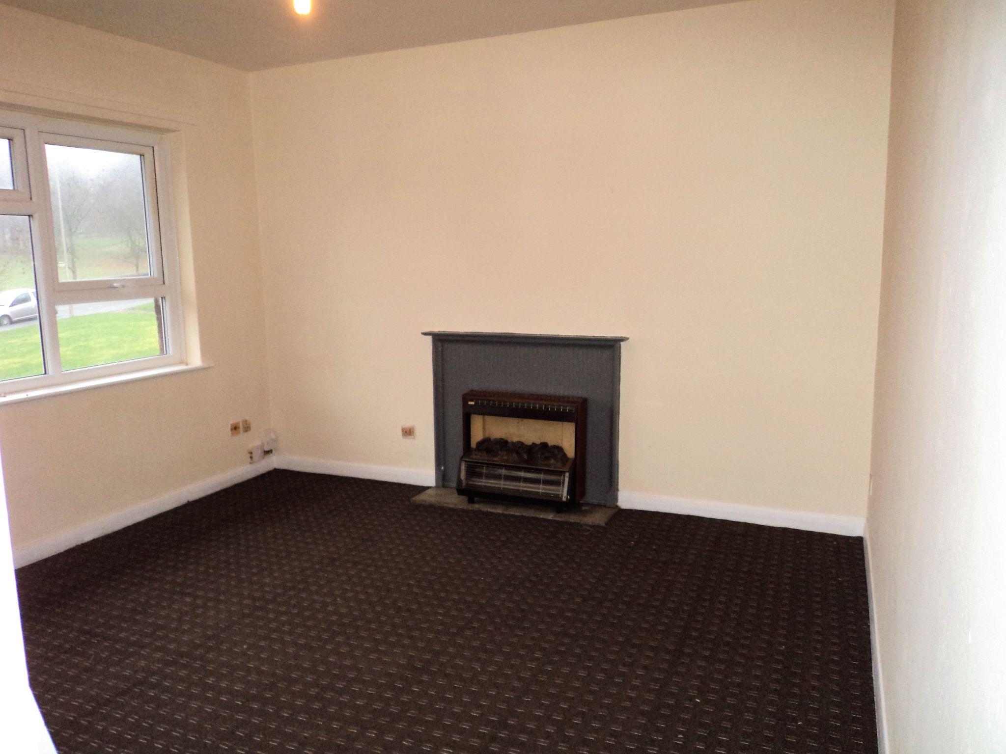 1 Bedroom Flat Flat/apartment To Rent - Photograph 2