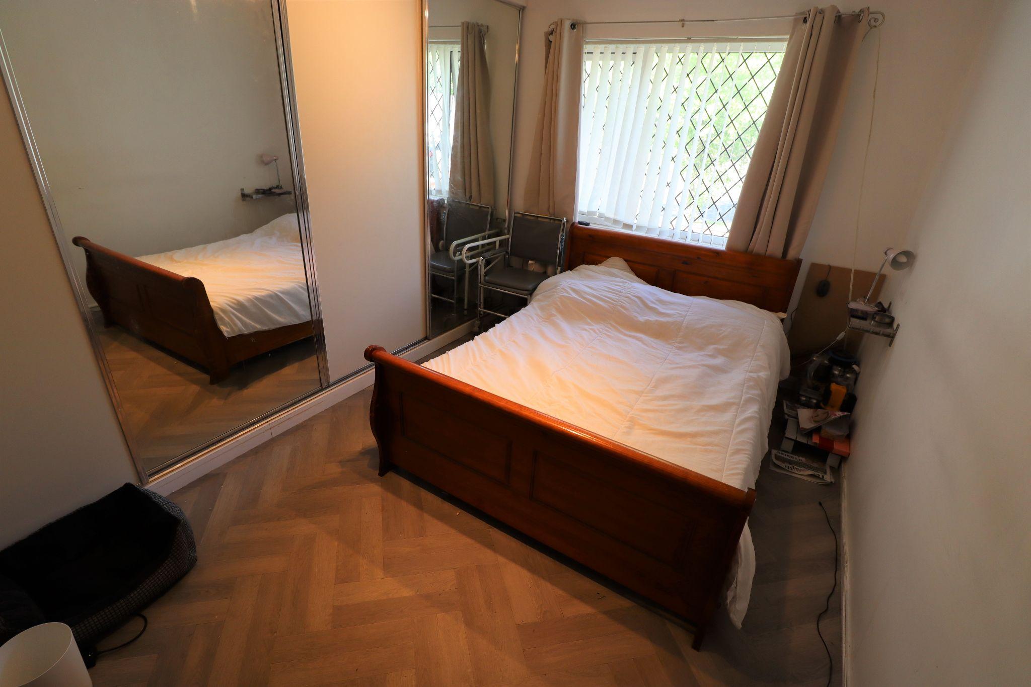 2 Bedroom Semi-detached Bungalow For Sale - Photograph 1
