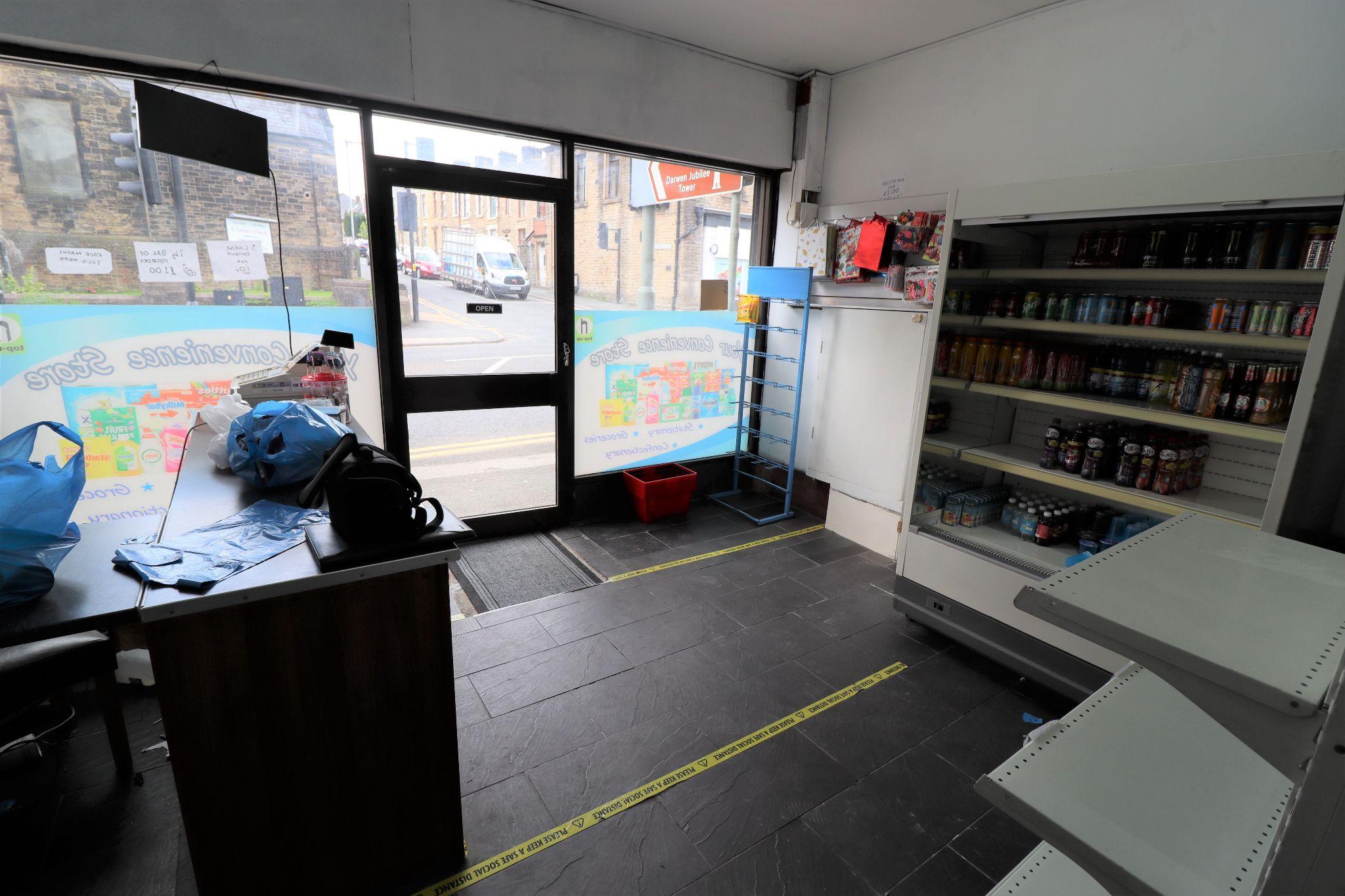 Shop For Sale - Photograph 3
