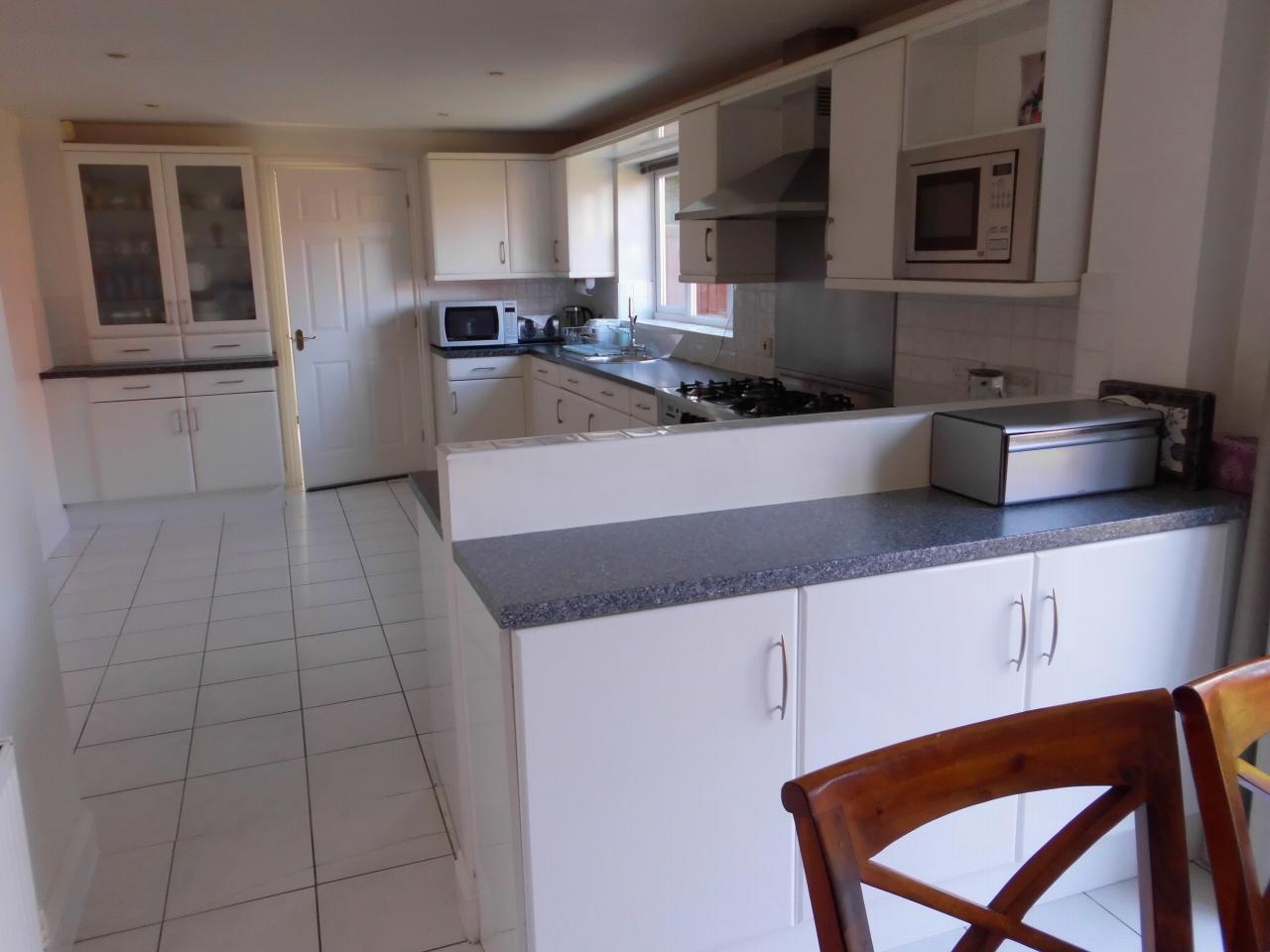 5 Bedroom Detached House For Sale 4 Cransley Close Image 7