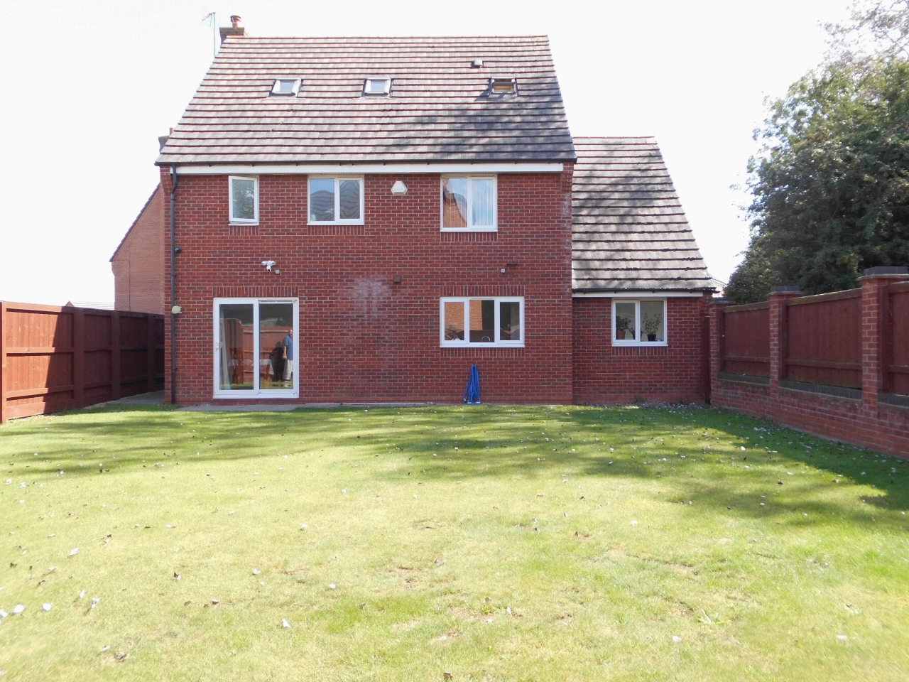 5 Bedroom Detached House For Sale 4 Cransley Close Image 18