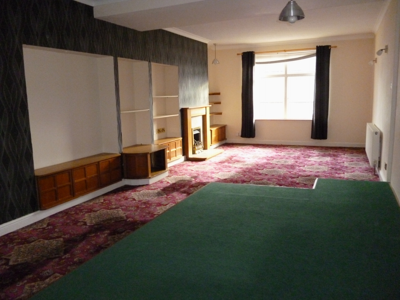 3 bedroom apartment flat/apartment SSTC in Leicester - Photograph 4.