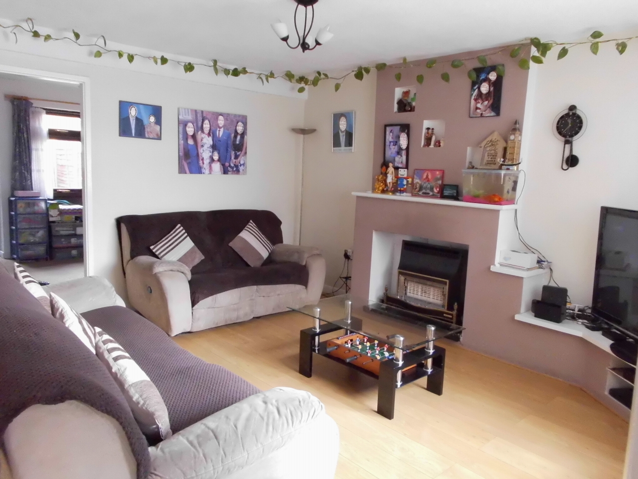 4 Bedroom Semi-detached House For Sale 38 Gilbert Close Image 2