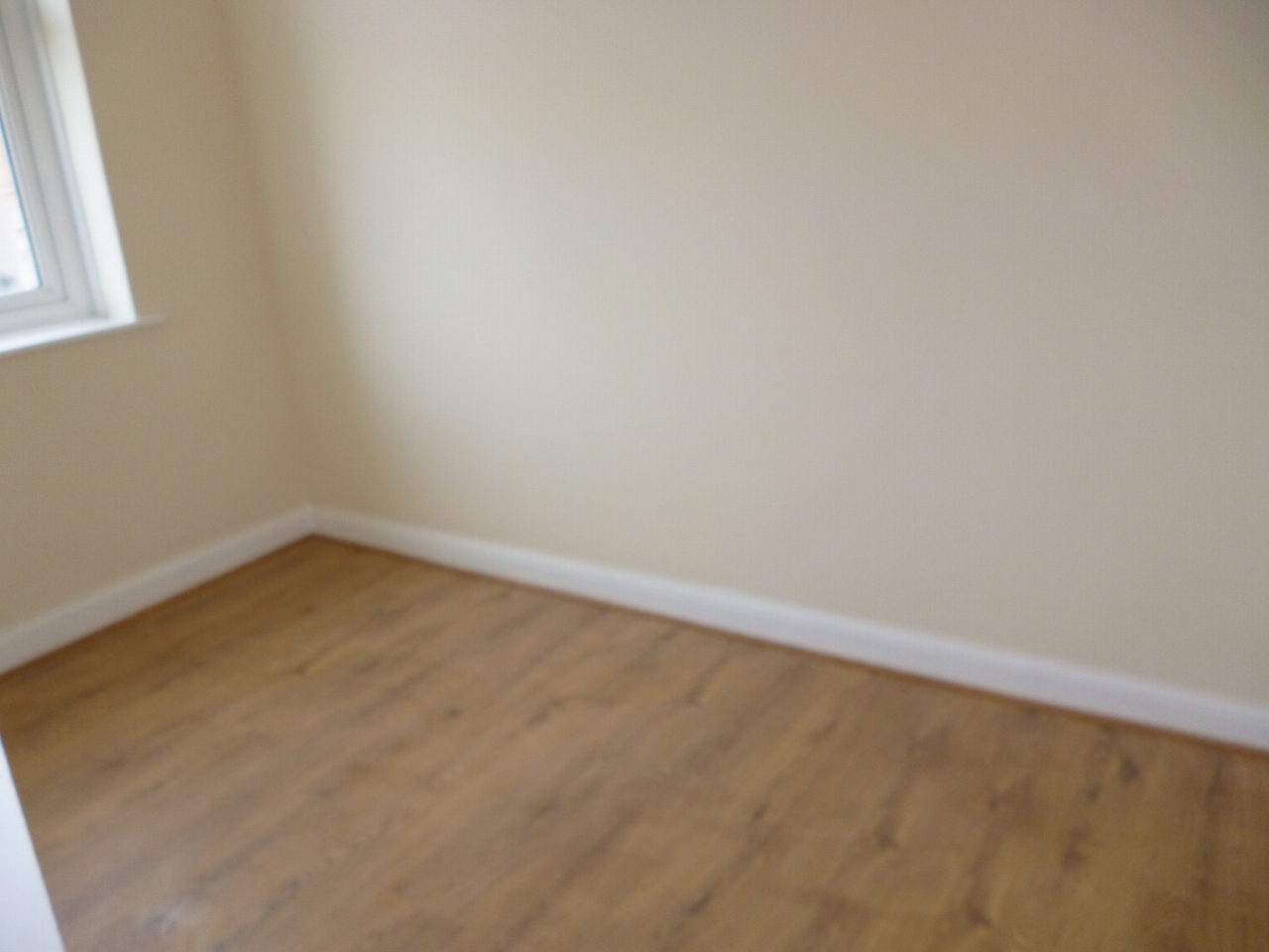 3 bedroom mid terraced house To Let in Leicester - Photograph 10.