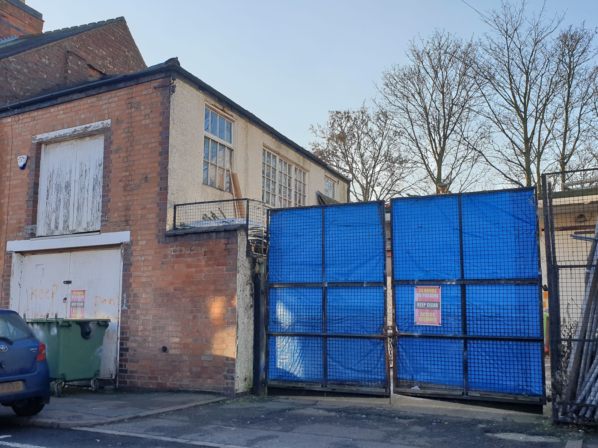 Industrial Units Let in Leicester - Photograph 1.