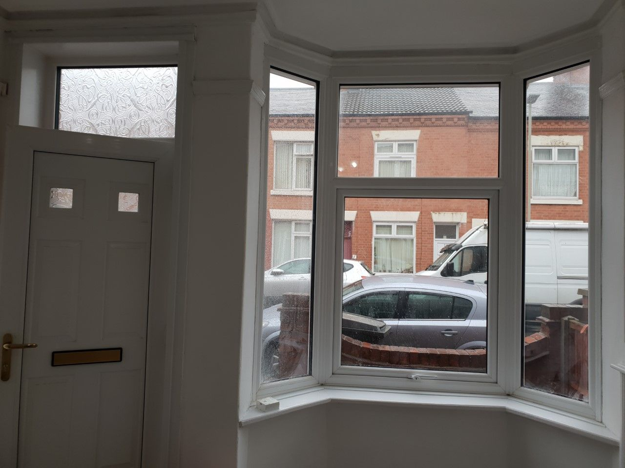 3 bedroom mid terraced house To Let in Leicester - Photograph 5.