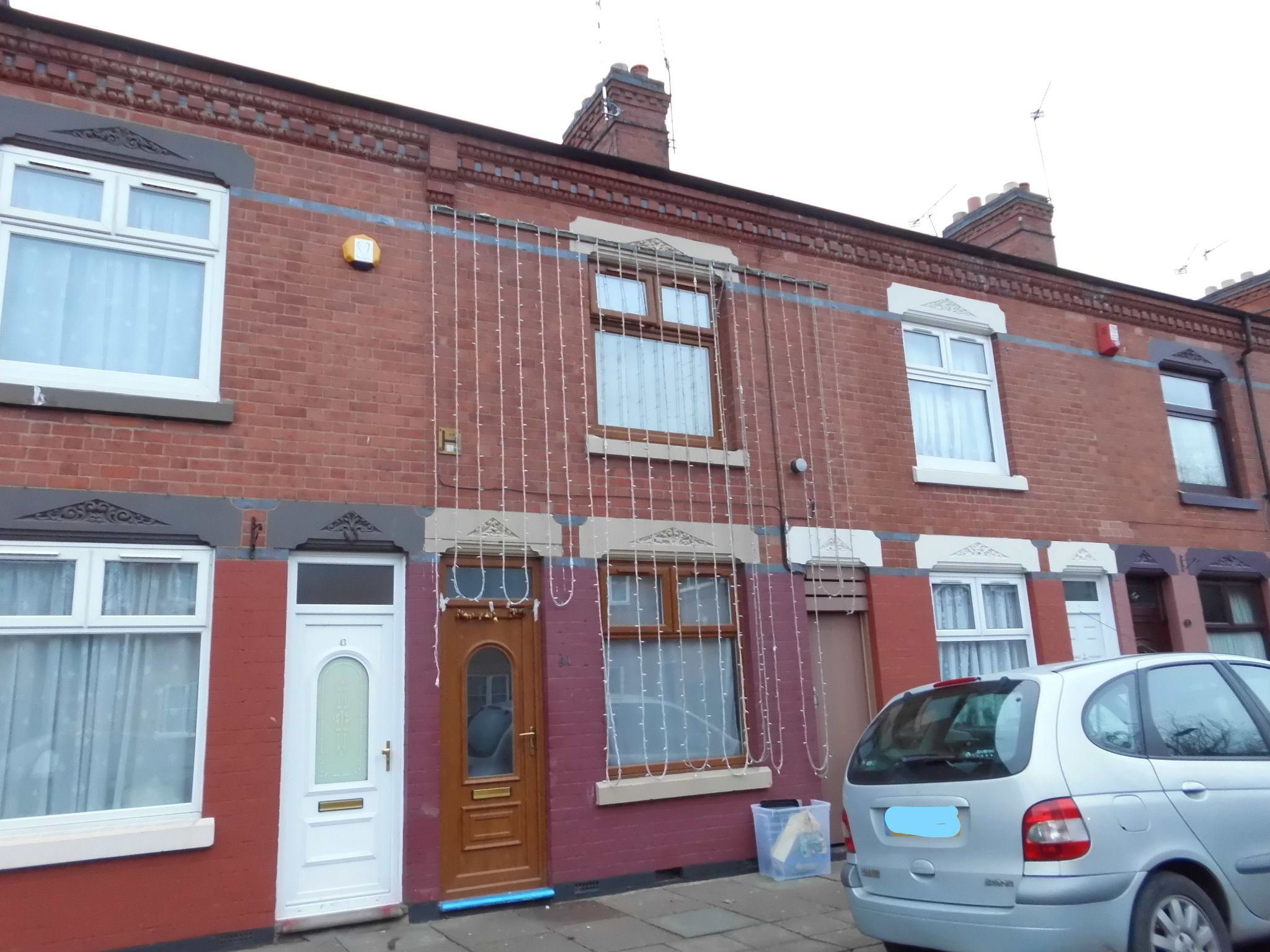 3 Bedroom Mid Terraced House For Sale 41 Weymouth Street Image 1