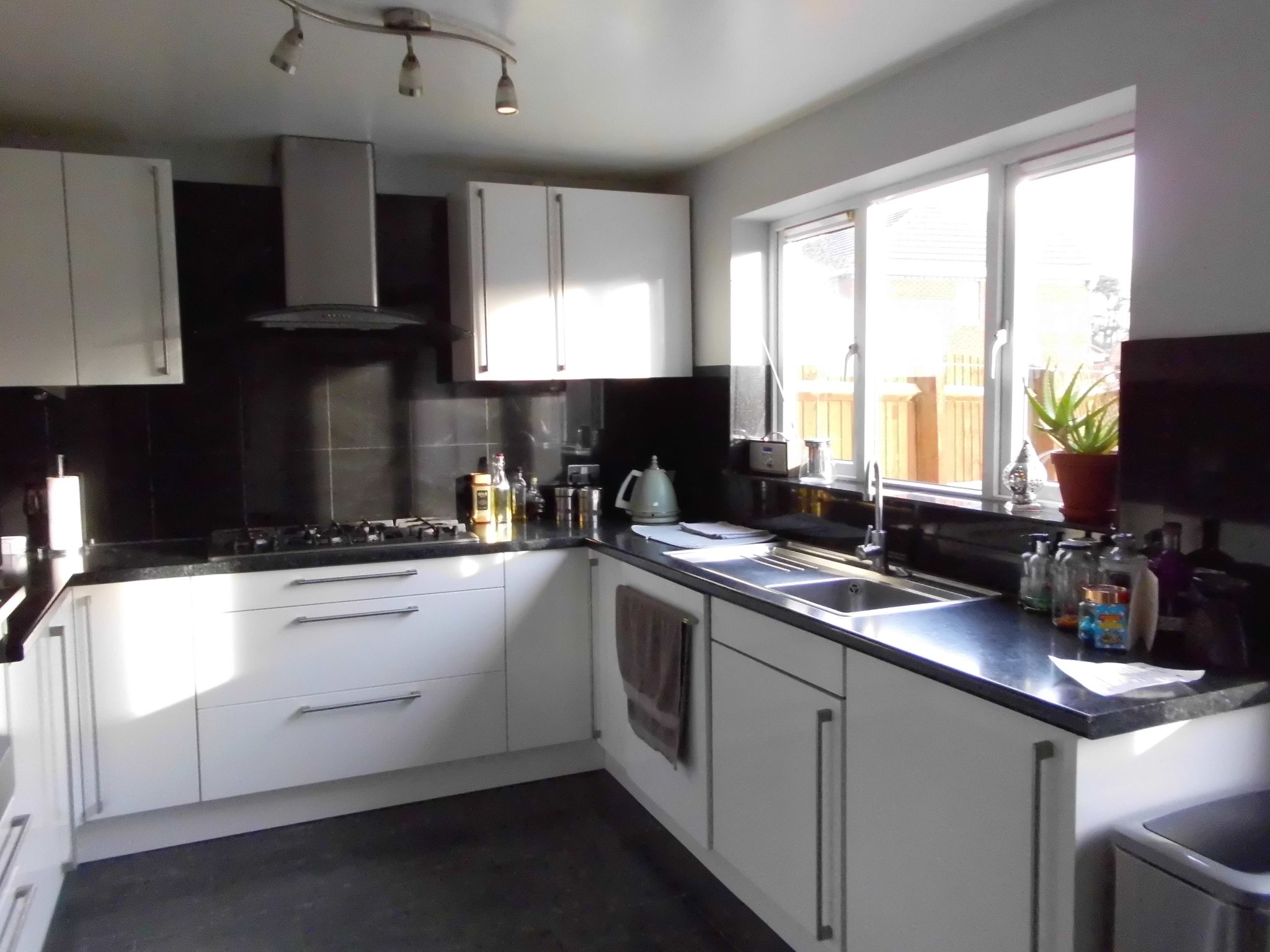 4 Bedroom Detached House For Sale 12 Fox Hollow Image 6
