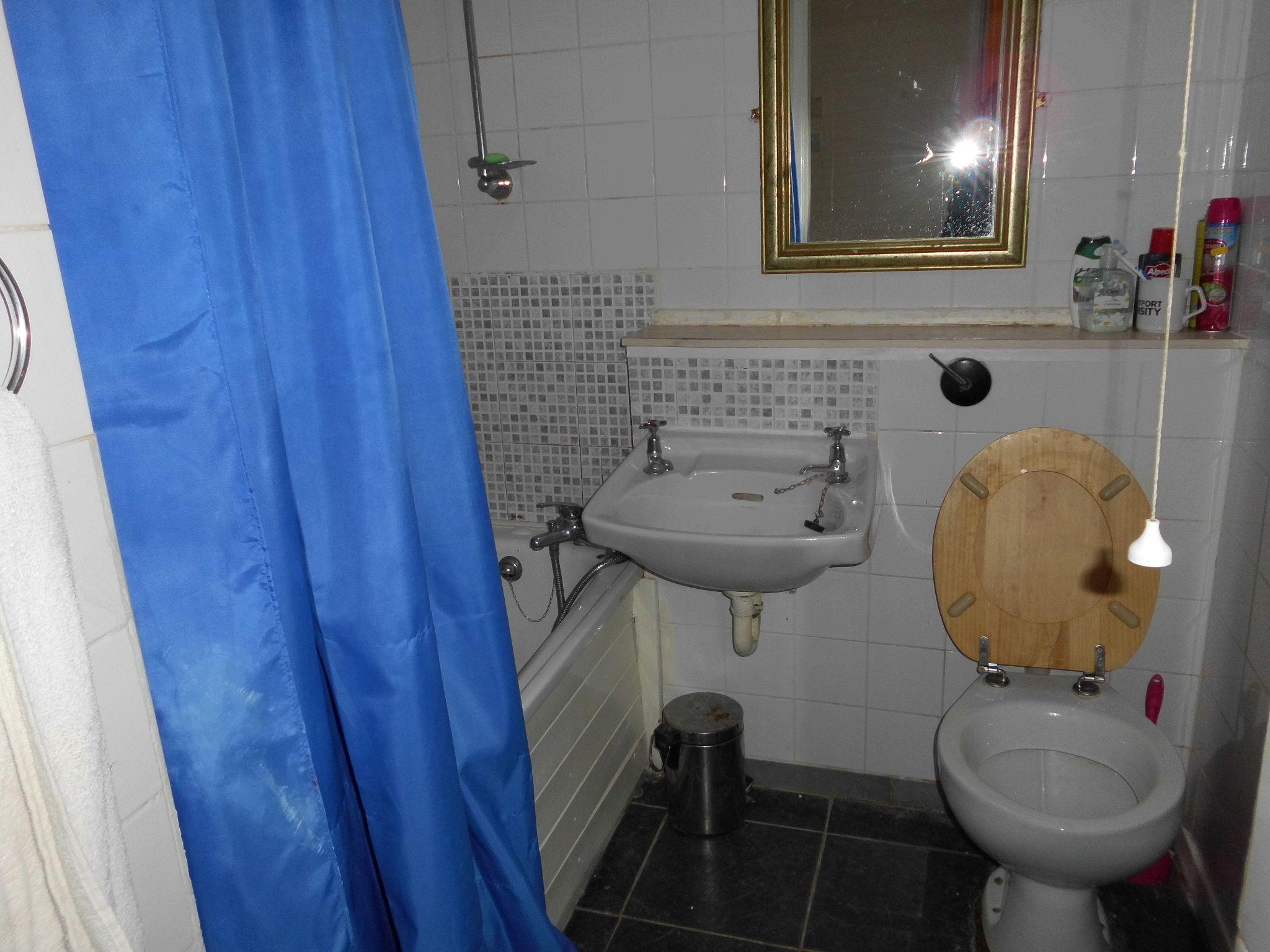 1 Bedroom Apartment Flat/apartment 27 Holkham Avenue Image 5