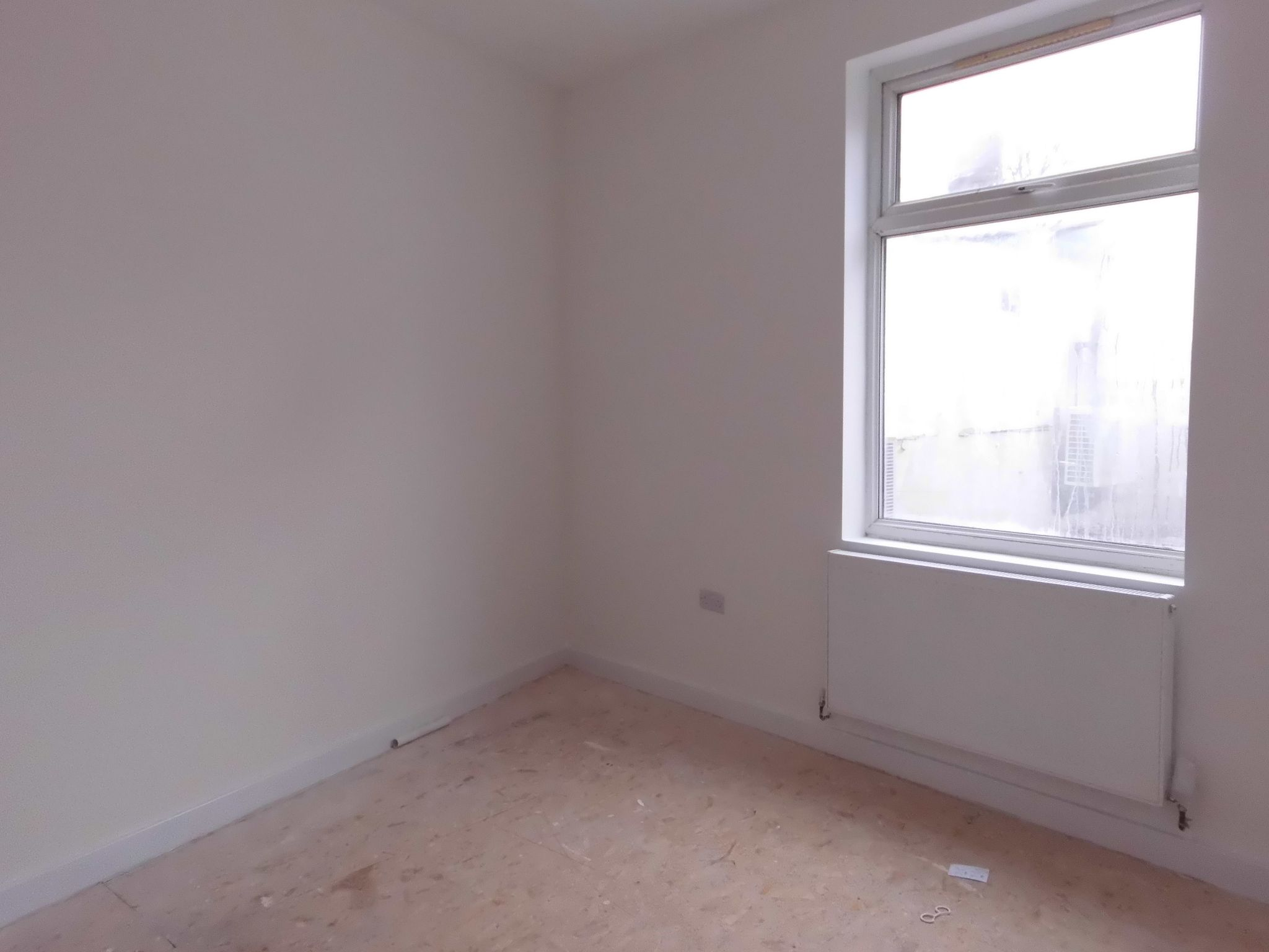 1 bedroom flat flat/apartment To Let in Leicester - Photograph 3.