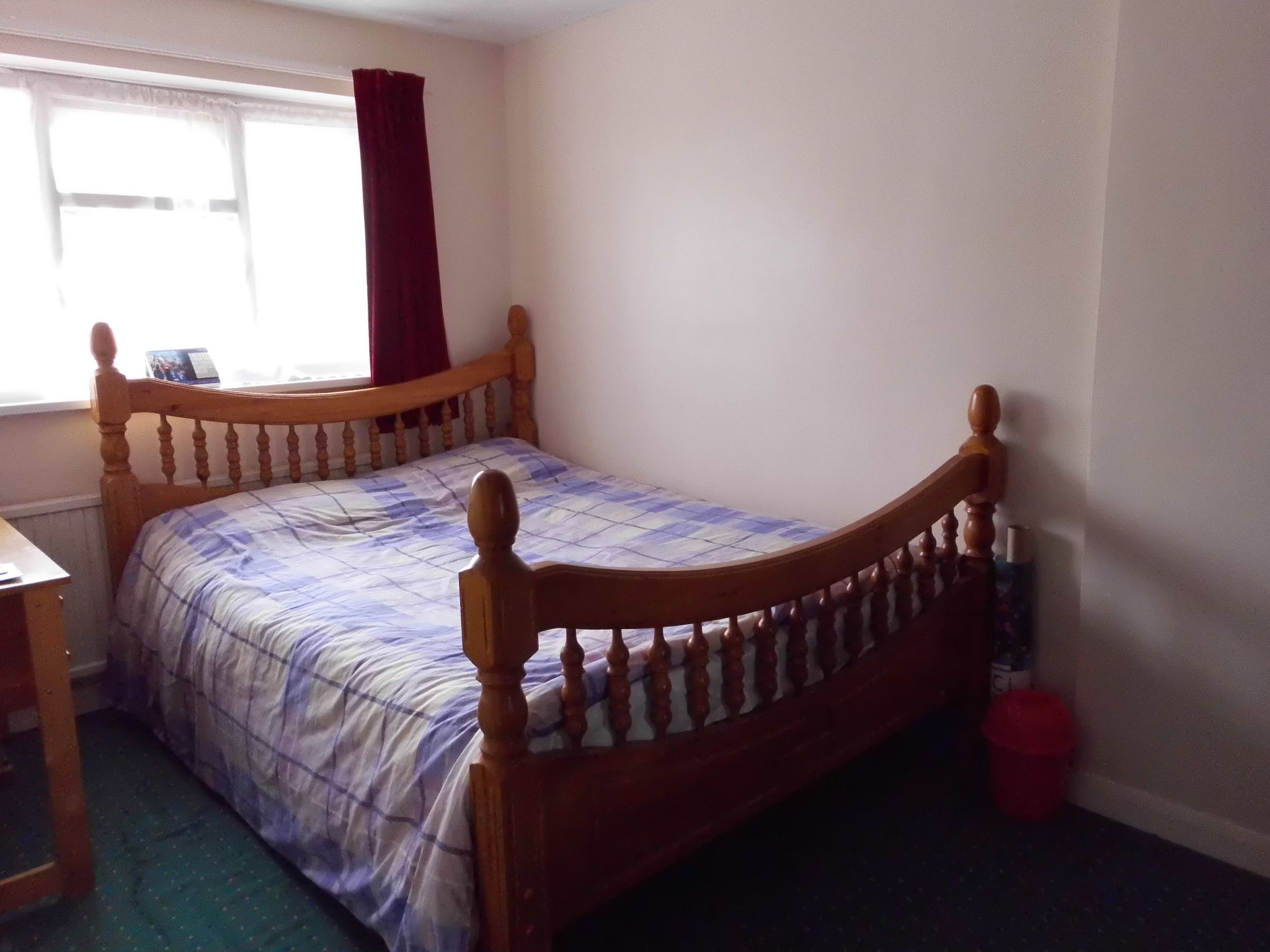 3 bedroom semi-detached house For Sale in Leicester - Photograph 6.