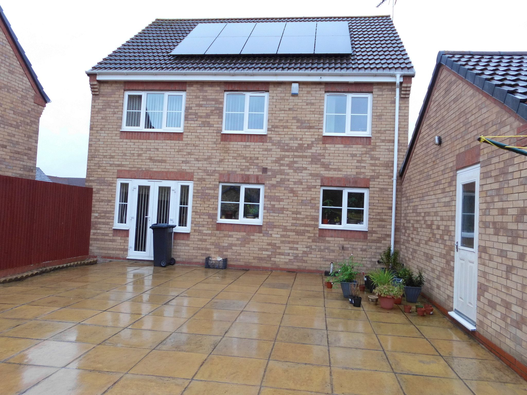 4 bedroom detached house SSTC in Leicester - Photograph 15.