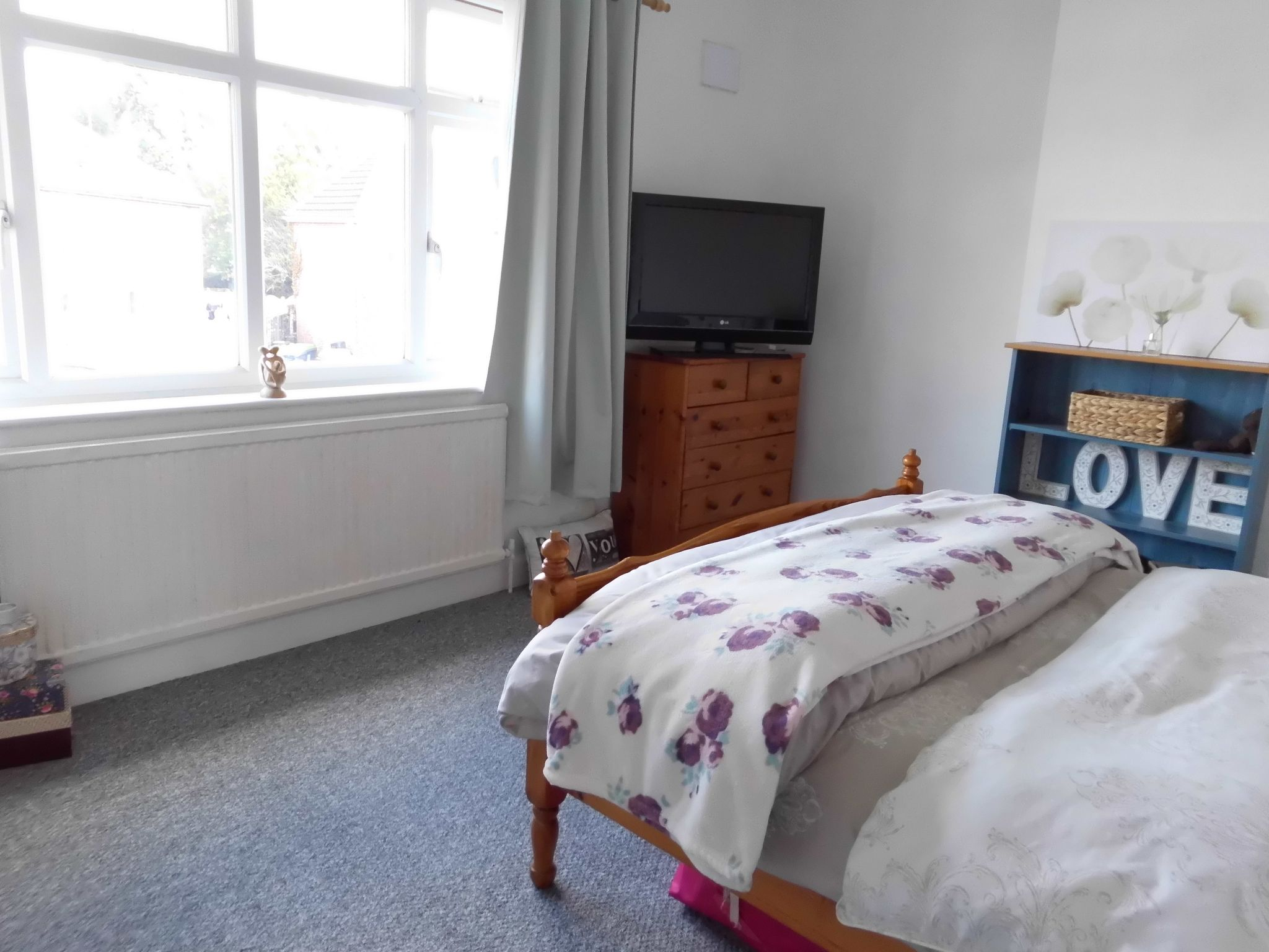 3 bedroom town house SSTC in Leicester - Photograph 7.