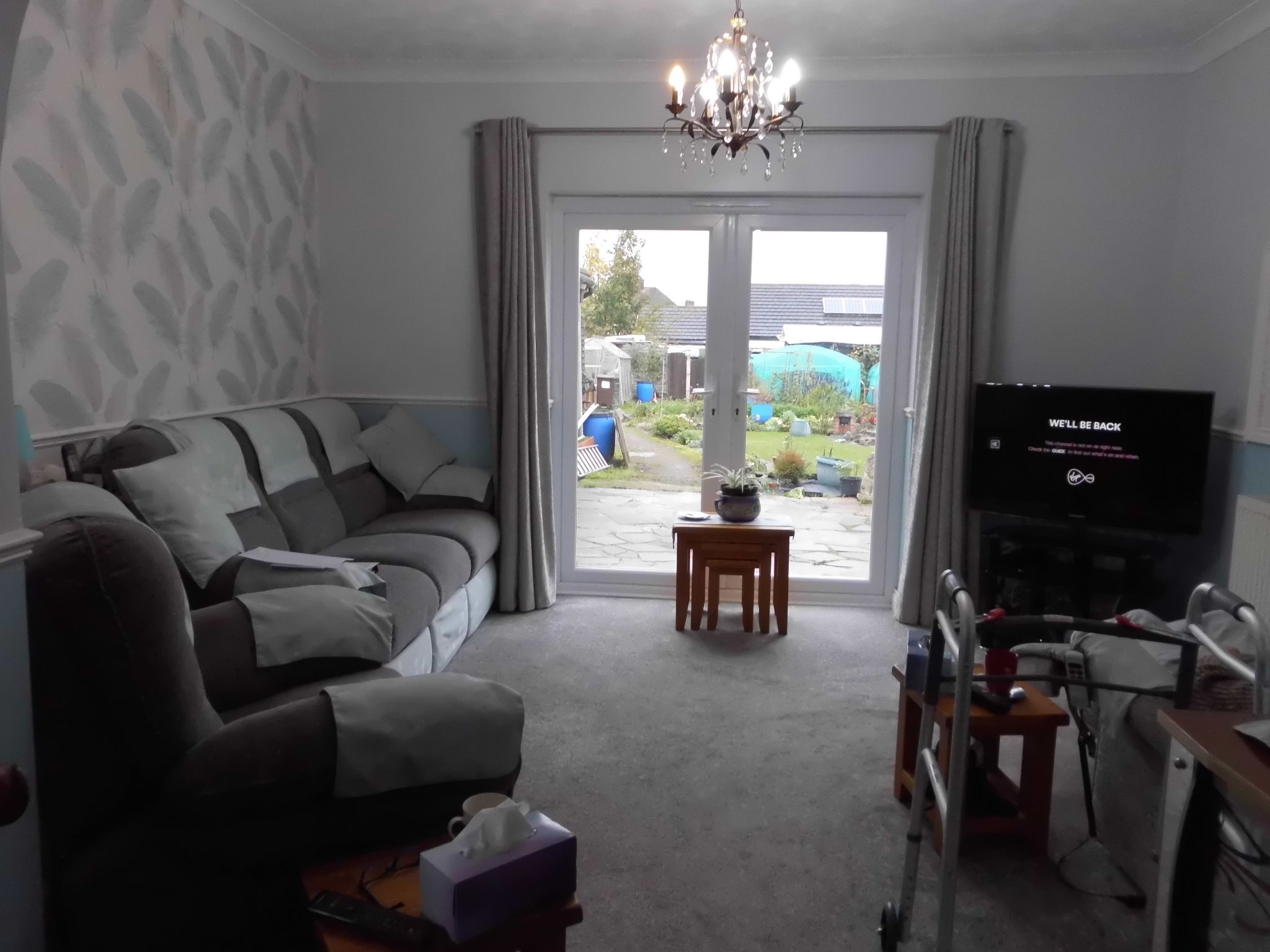 4 bedroom detached bungalow SSTC in Leicester - Photograph 2.