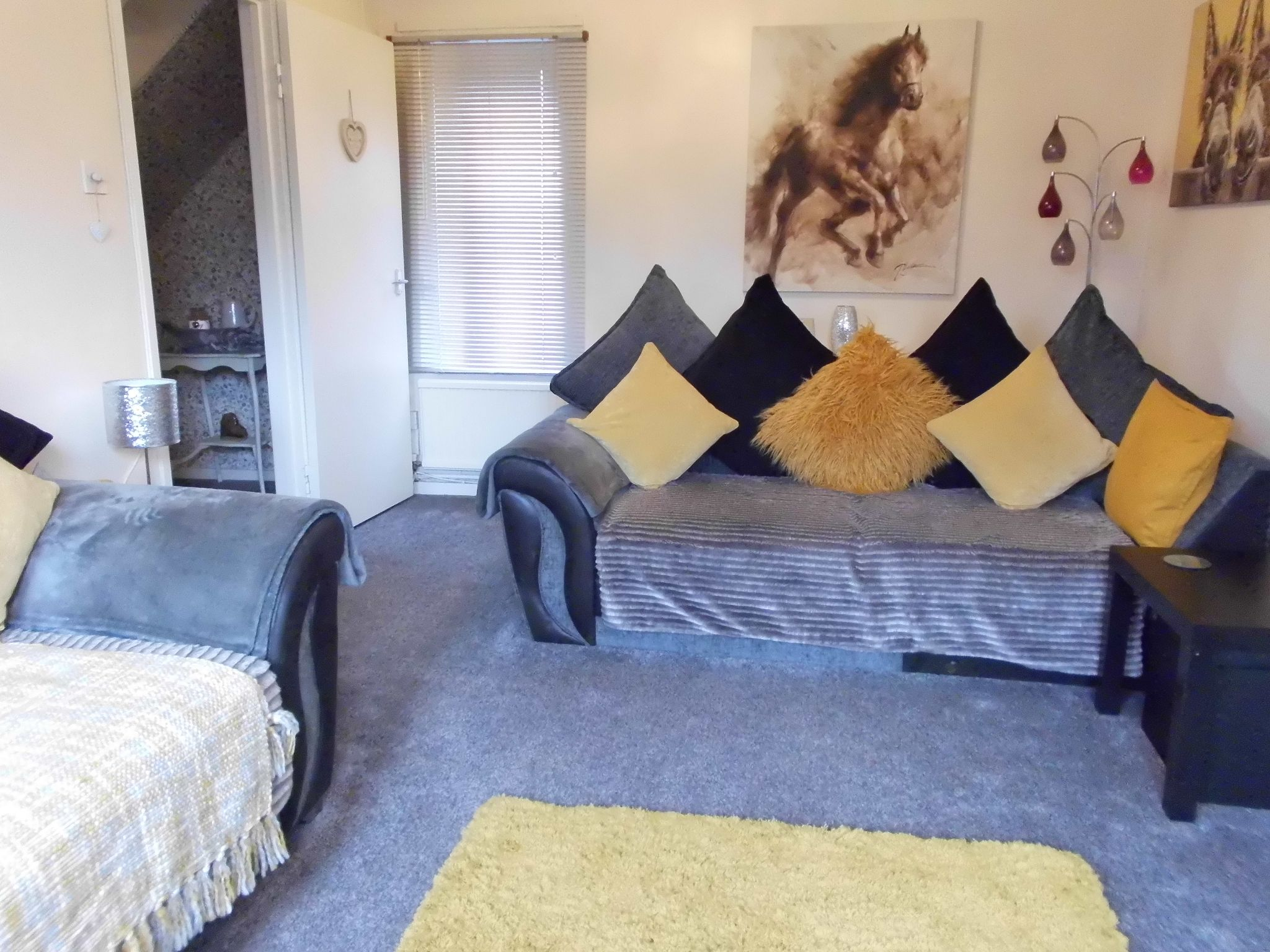 3 bedroom town house For Sale in Leicester - Photograph 2.