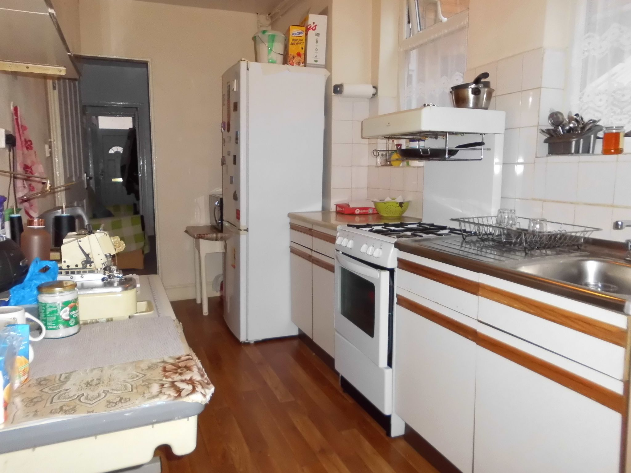3 bedroom mid terraced house SSTC in Leicester - Photograph 7.