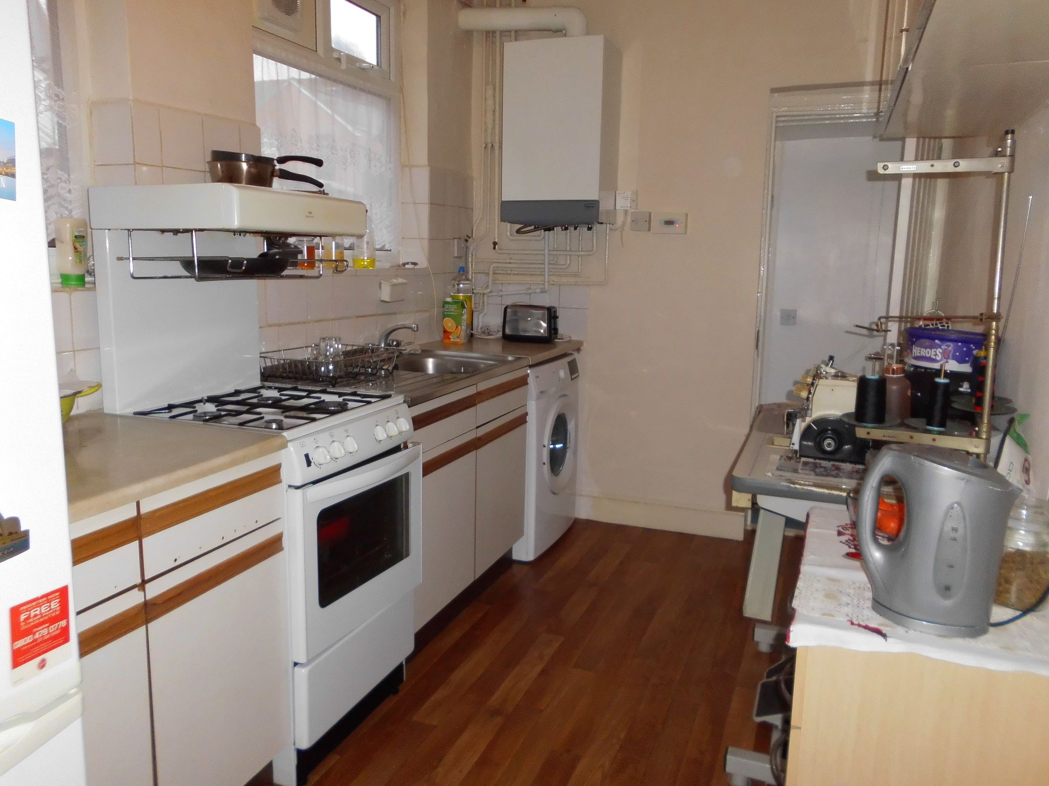 3 bedroom mid terraced house SSTC in Leicester - Photograph 6.