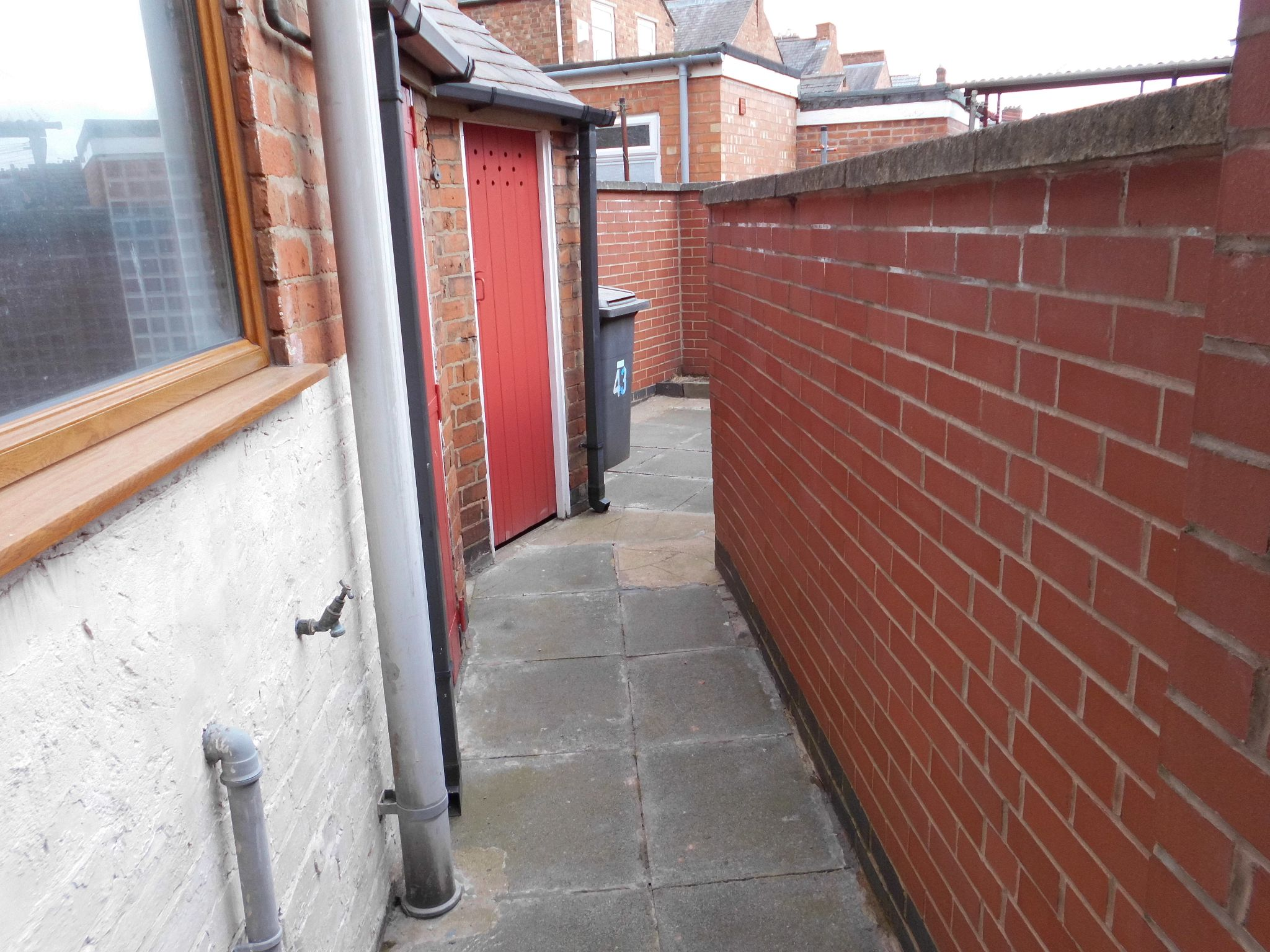 2 bedroom mid terraced house For Sale in Leicester - Photograph 10.