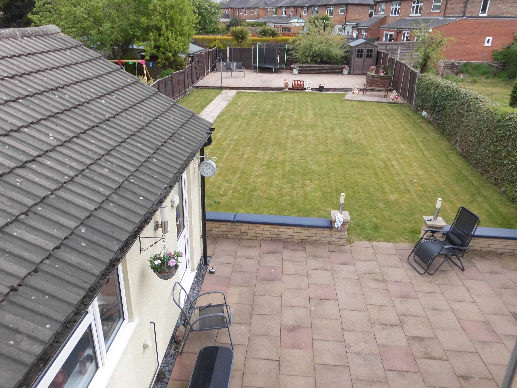 4 bedroom detached house For Sale in Leicester - Photograph 19.