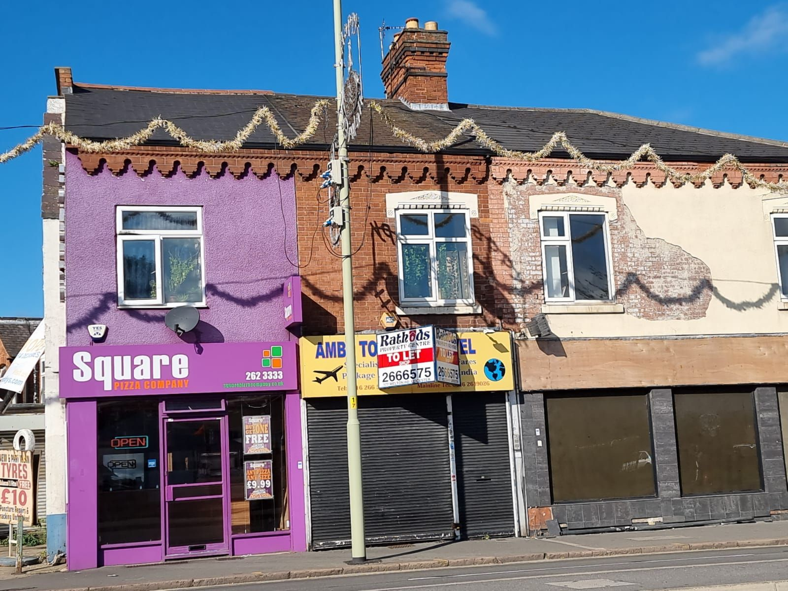 Shop To Let in Leicester - Photograph 2.