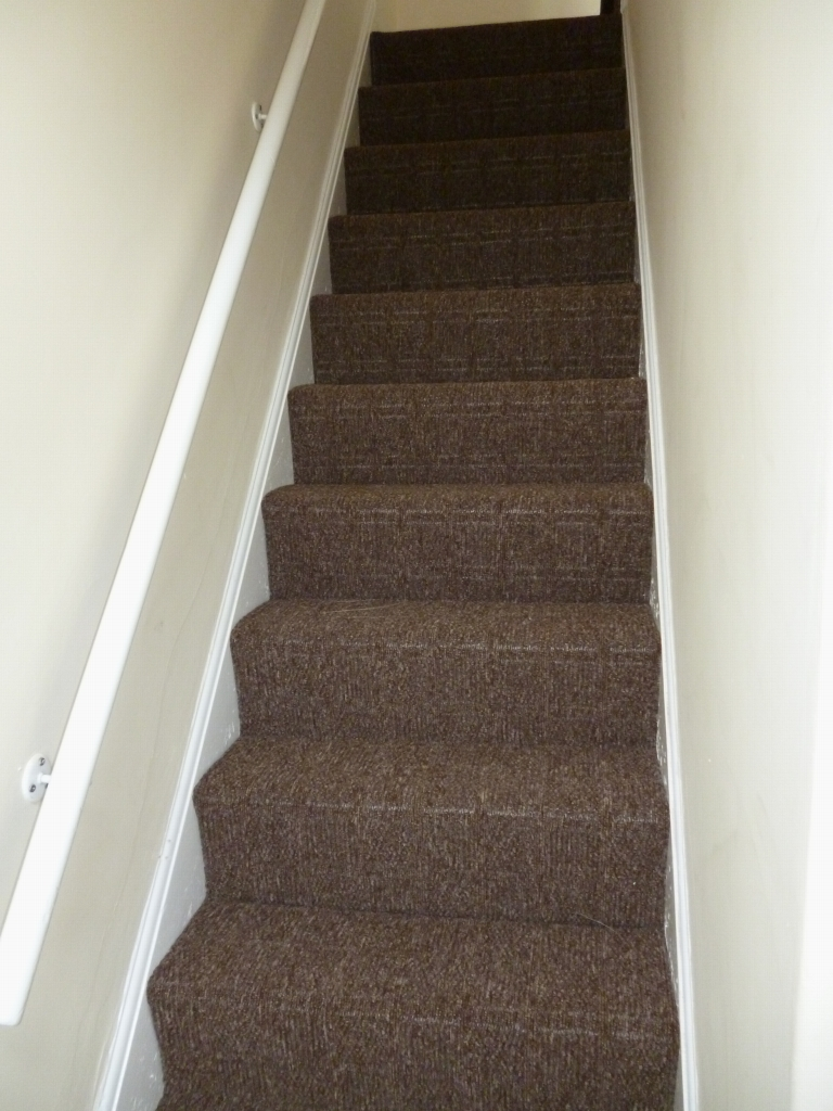 3 bedroom mid terraced house To Let in Leicester - Photograph 6.