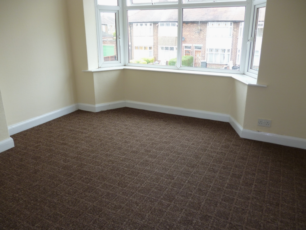 3 bedroom mid terraced house To Let in Leicester - Photograph 7.
