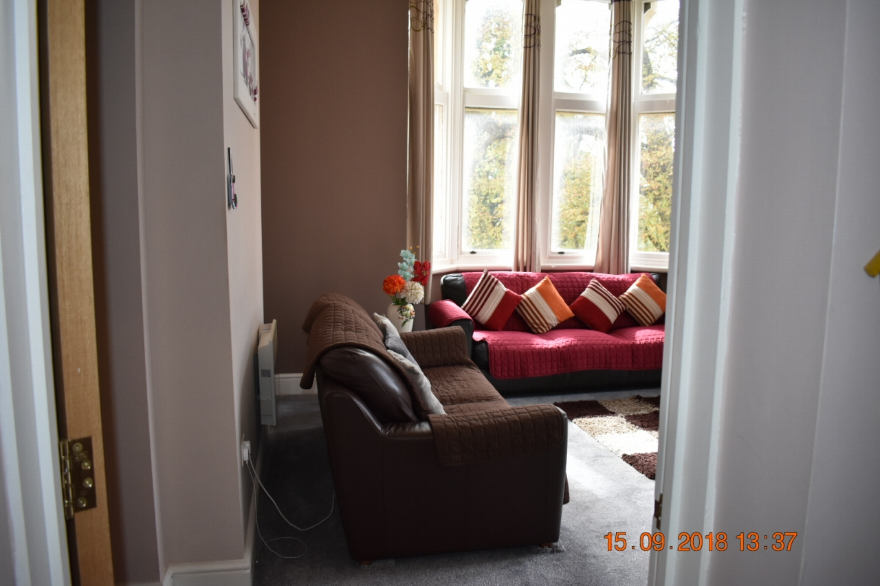 2 bedroom apartment flat/apartment SSTC in Leicester - Photograph 6.