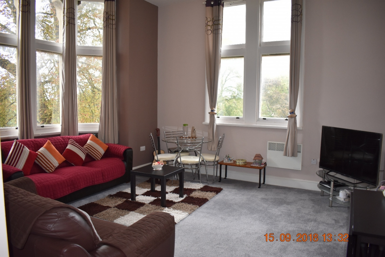 2 bedroom apartment flat/apartment SSTC in Leicester - Photograph 9.