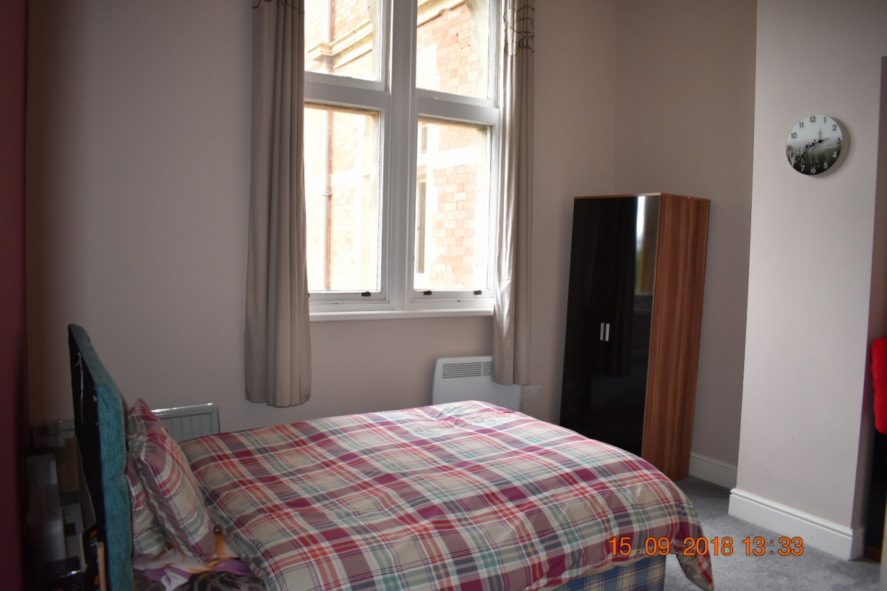 2 bedroom apartment flat/apartment SSTC in Leicester - Photograph 17.