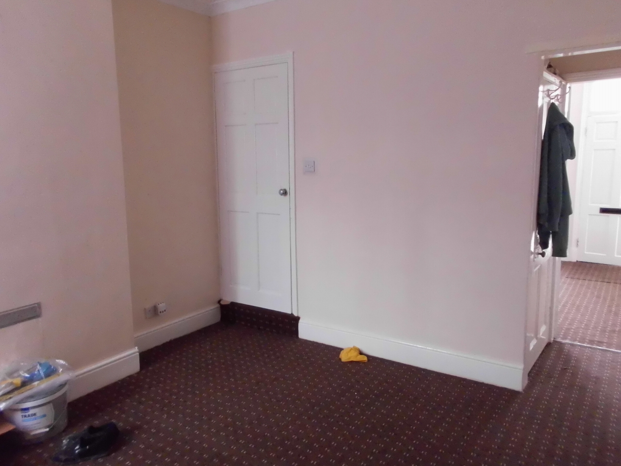 2 bedroom mid terraced house For Sale in Leicester - Photograph 4.