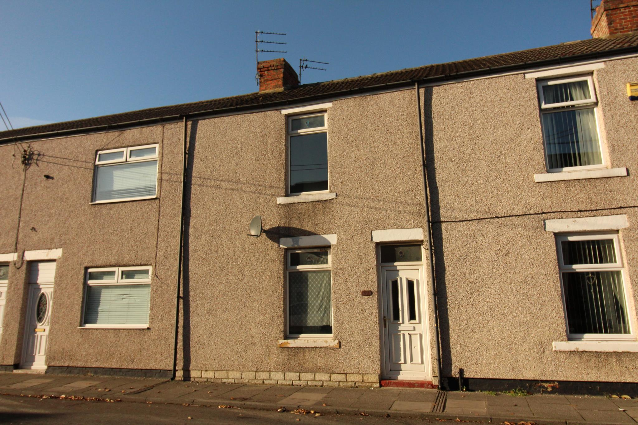 2 Bedroom Mid Terraced House For Sale - Front Exterior