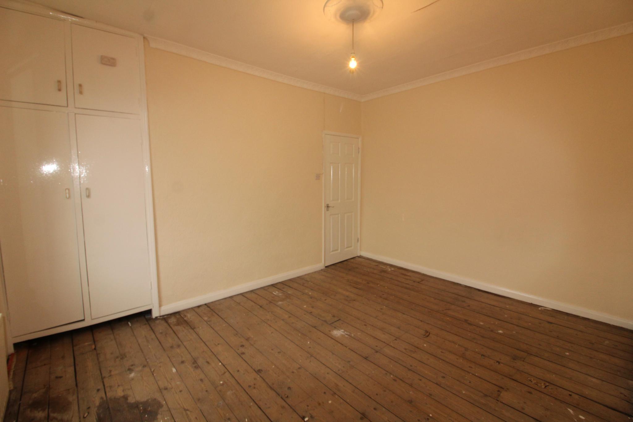 2 Bedroom Mid Terraced House For Sale - Bedroom 2