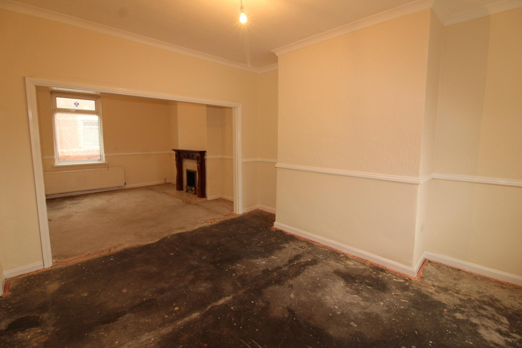 2 Bedroom Mid Terraced House For Sale - Dining Room