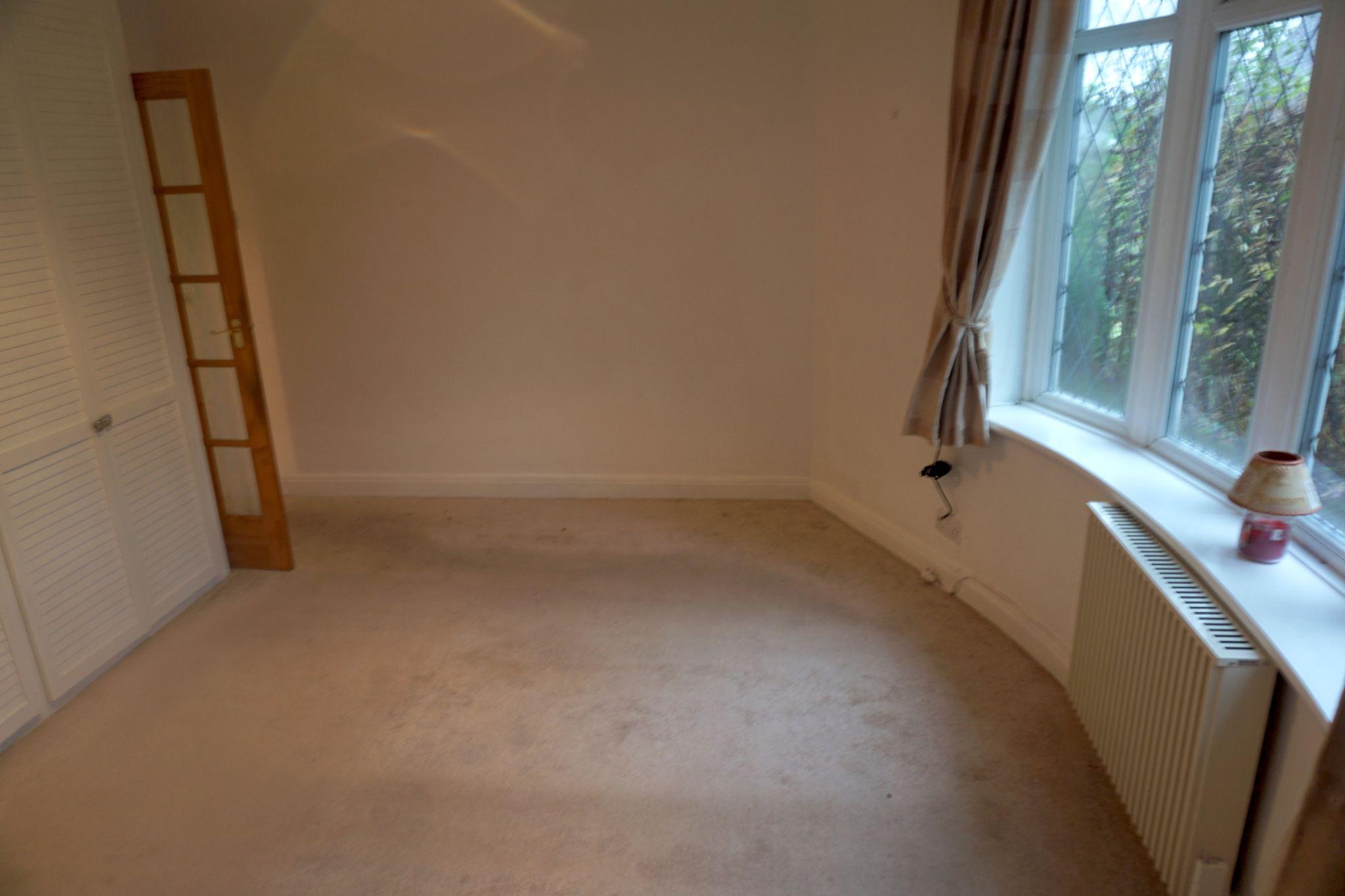 2 Bedroom Detached Bungalow For Sale - Master edroom 2
