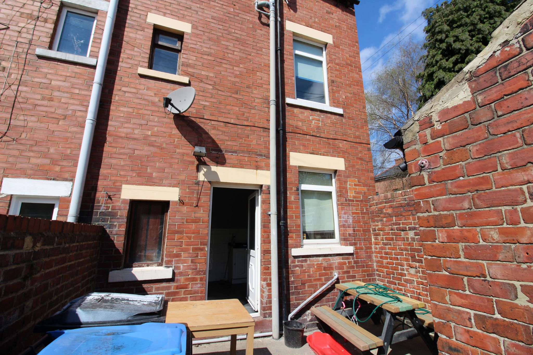 3 Bedroom End Terraced House For Sale - Photograph 18