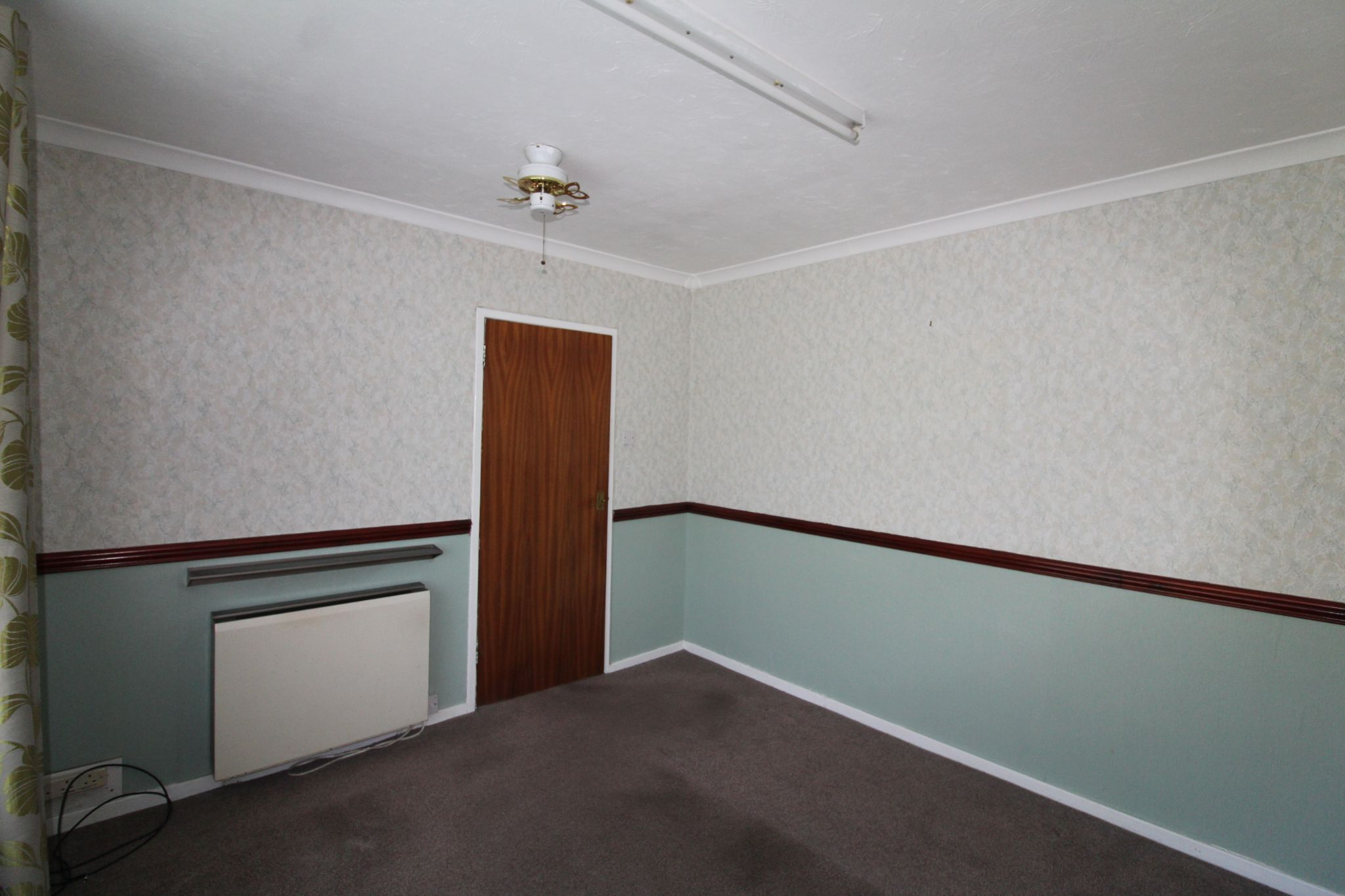 3 Bedroom End Terraced House For Sale - Photograph 23