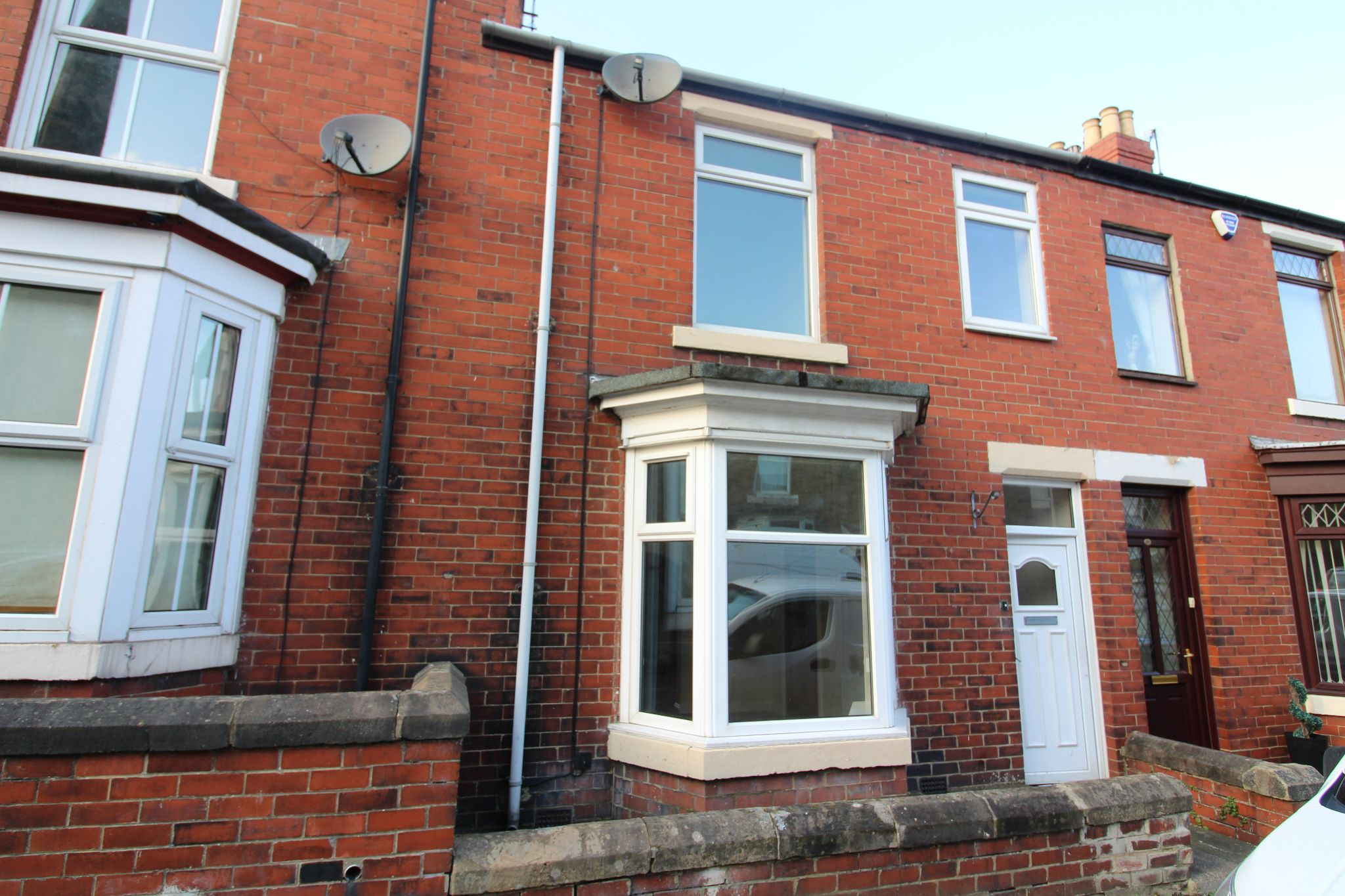 3 bedroom mid terraced house To Let in Shildon - Photograph 5.