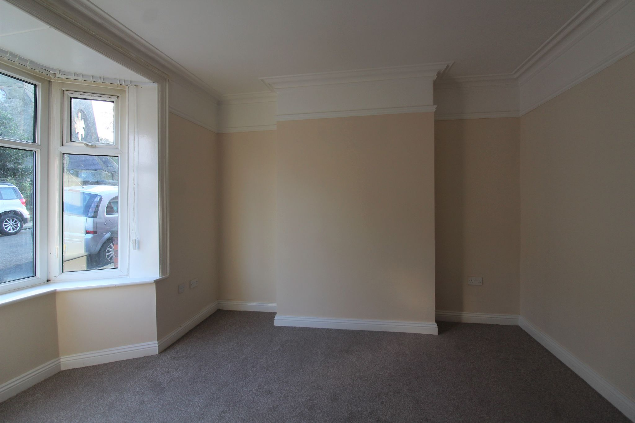 3 bedroom mid terraced house To Let in Shildon - Property photograph.