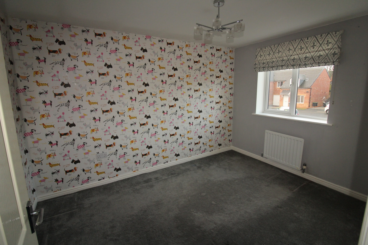 4 bedroom detached house Sale Agreed in County Durham - Photograph 6